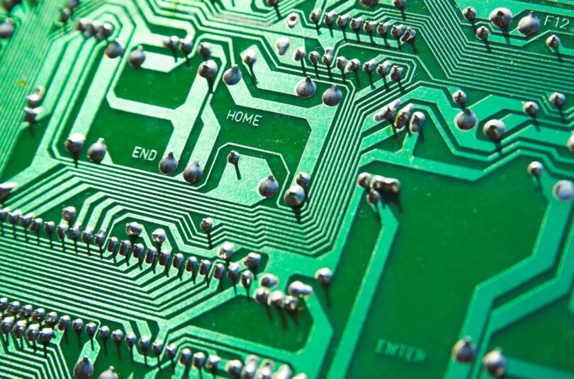SemiLEDS (LEDS) surges on semiconductor talks